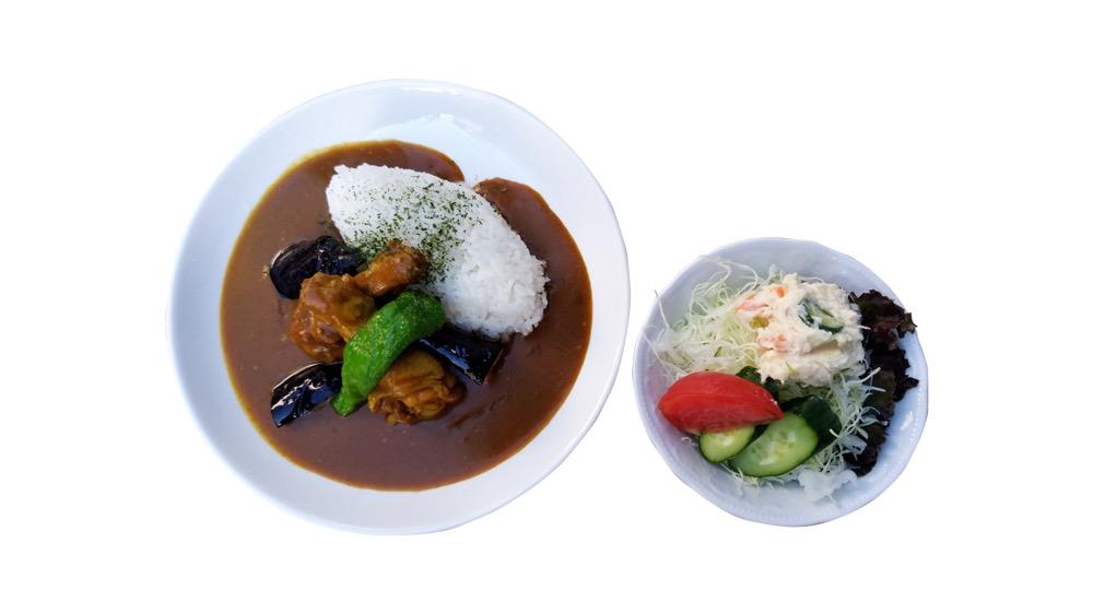 11. ディルフェボー<br>大山鶏と世田谷野菜を使った欧風チキンカレー