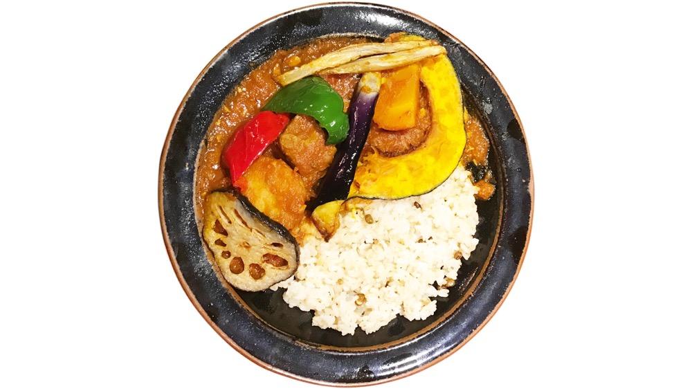 35. かまいキッチン<br>ポークと野菜のカルデレータライス